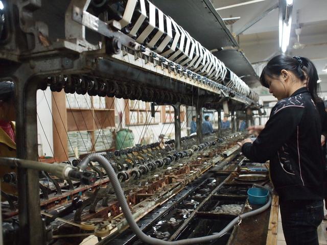 外国人労働者受け入れのメリットと課題を整理する